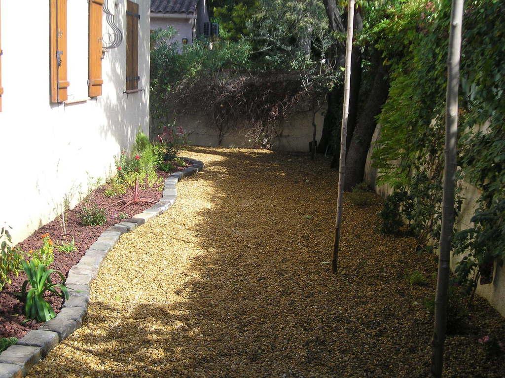 paysagiste jardinier phil en flore var bouches du rh ne espace calcaire. Black Bedroom Furniture Sets. Home Design Ideas